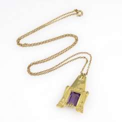 Decorative pendant with Amethyst on chain