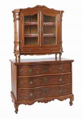 Baroque chest of drawers with cupboard attachment, 18th century