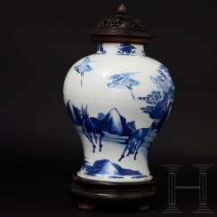 Kangxi lidded vase, China, 17th century