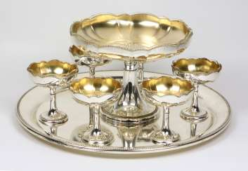 Dessert set with glass inserts