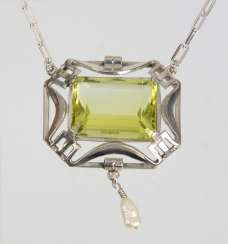 Art Deco necklace with citrine