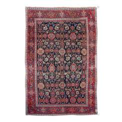 Orient carpet. PERSIA, 1. Half of the 20. Century. 206x136 cm.