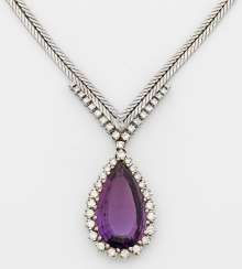 Elegant amethyst necklace from the 1960s
