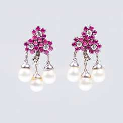 Pair of vintage earrings with ruby and pearl trimmings