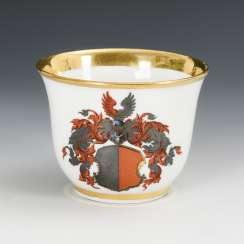 Cup with coat of arms decor