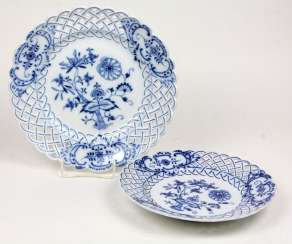 2 *Onion Pattern* Breakthrough Dish Of The City Of Meissen
