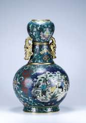 Chinese Qing Dynasty cloisonne bronze bottle