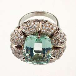 Ring white gold with aquamarine and diamonds