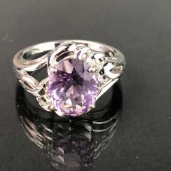 Timeless Ladies Ring: Amethyst. Silver 925 rhodium-plated, very solid, very good.