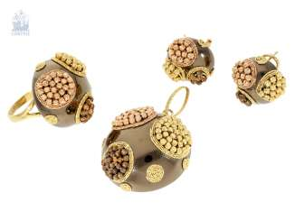 Ring/pendant/earrings: extremely fancy Designer jewelry Set from the house of Suulin, Italian hand-made of 18K Gold