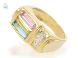 Ring: fancy gold ring set with colored and colorless stones, 18K yellow gold forged