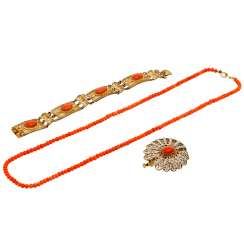 Mixed lot of jewelry with coral,