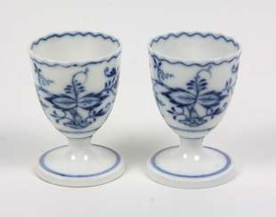 Meissen 2 Egg Cups *Onion Pattern*