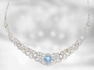 Chain/necklace: extremely decorative vintage/antique aquamarine necklace with pearls and diamonds, for a total of approximately 2.9 ct, 18K Gold