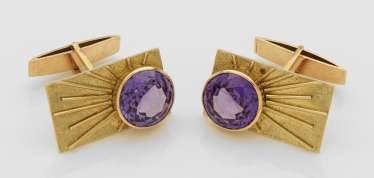 Pair of cufflinks with amethysts from the 1960s