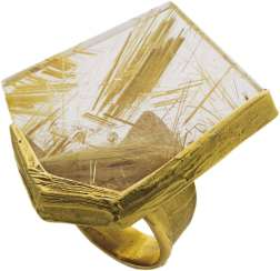 Ring with gold rutilated quartz