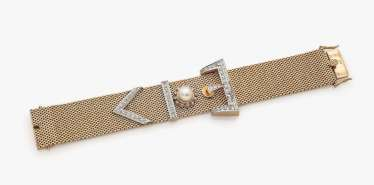 Bracelet with diamonds and cultured pearl