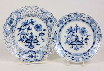 Meissen 2 Onion Pattern Plate