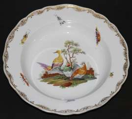 Plate with birds and flowers. The Meissen porcelain factory