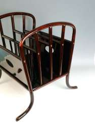 Thonet Vienna Art Nouveau Newspaper Rack Model 11803, Otto Prutscher circa 1916