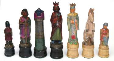 Chess pieces, carved figures