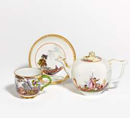Teapot with Kauffahrtei-, cup & saucer with landscape and hunting scenes
