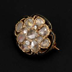 Small brooch with old European cut diamonds