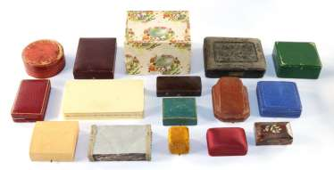 Jewelery, medal boxes
