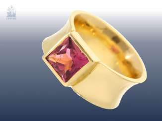Ring: fancy Designer gold wrought ring with a pink stone, large, rare tourmaline