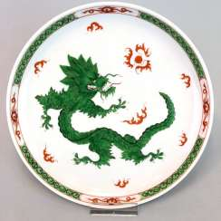 Plates of Meissen porcelain: decor Mingdrache in green, very good.
