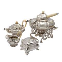 DAVID gold&SONS 4-piece Teekern with chafing dish, 13-lötiges silver, 2. Half of the 19th century. Century.