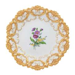 MEISSEN small splendid plate, 2nd choice, 20th century.