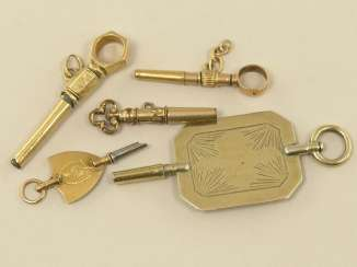 Pocket watch: lot of 5 exceptional spindle watch keys, mostly 18K Gold