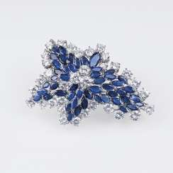 Excellent, high quality Vintage brooch with diamonds and natural sapphires