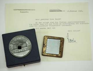 Medal of honor of the air war school 3, Werder aH, in a case, with Writing.