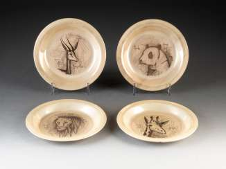 SET OF FOUR SILVER PLATES