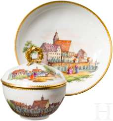 Porcelain Cup with lid and saucer, finely painted views of the city with persons, Meissen, probably around 1800