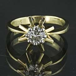 Brilliant solitaire Ring, 0.5 carats, yellow gold and white gold 585 / 14 Karat, handmade, very high quality.