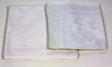 Communion table cloth with 12 napkins