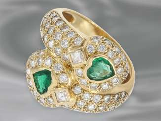 Ring: attractive, formerly more expensive yellow Golden diamond ring with emerald heart, a total of approx. 2,36 ct, 18K Gold