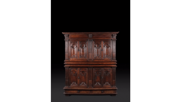 Cabinet in walnut carved opening four doors and two drawers