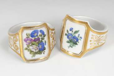 Pair of napkin holder with flower painting, KPM BERLIN