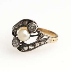 Ring with cultured pearl and old European cut diamonds, around 1900