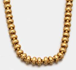 Representative gold necklace