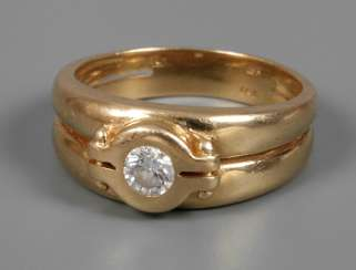 Ladies ring with Brillant
