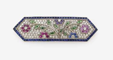 Brooch with sapphires, rubies, amethysts, Tsavorite and diamond roses