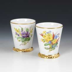 Pair of mugs with flowers and insects painting, MEISSEN