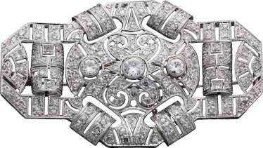 Platinum brooch with diamonds