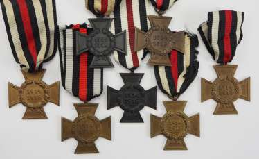 German Empire: Crosses of Honor for those involved in the war and survivors.