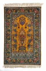 Kashmir silk carpet with gold yellow Mihrabfeld North India